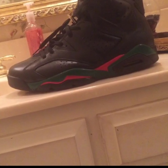 4d0527d1fc6ad4 Jordan Other - Gucci 6s